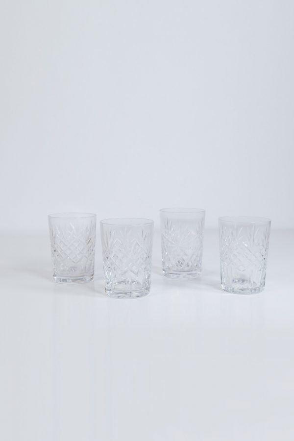 candleholder-crystal-cutshot-v2